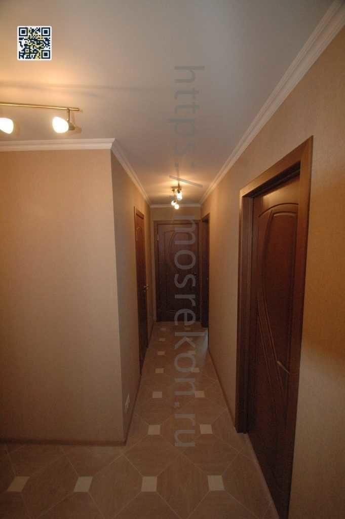 Отделка стен под обои в коридоре