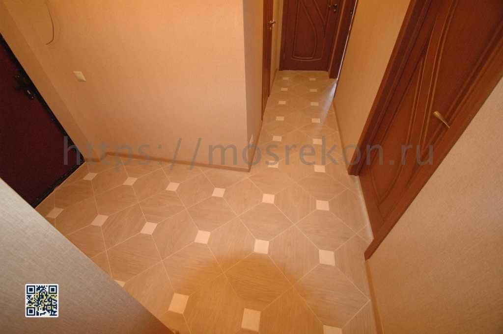 Укладка керамической плитки в коридоре