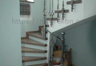 Монтаж дубовой лестницы
