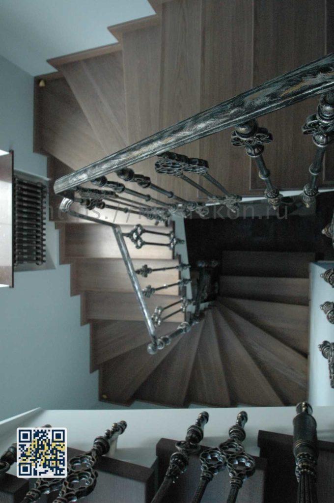 Элитный монтаж лестницы