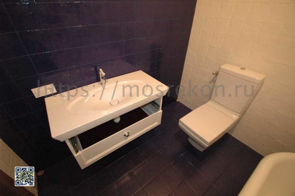 Установка напольного унитаза в ванной комнате