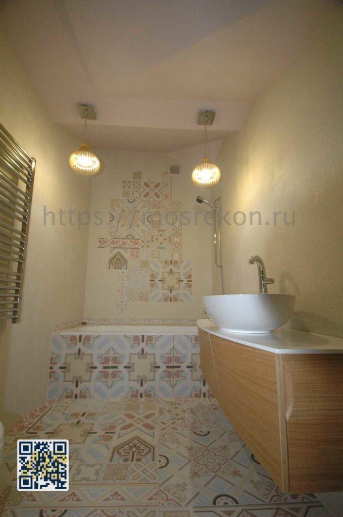 Укладка мозаичной плитки в санузле