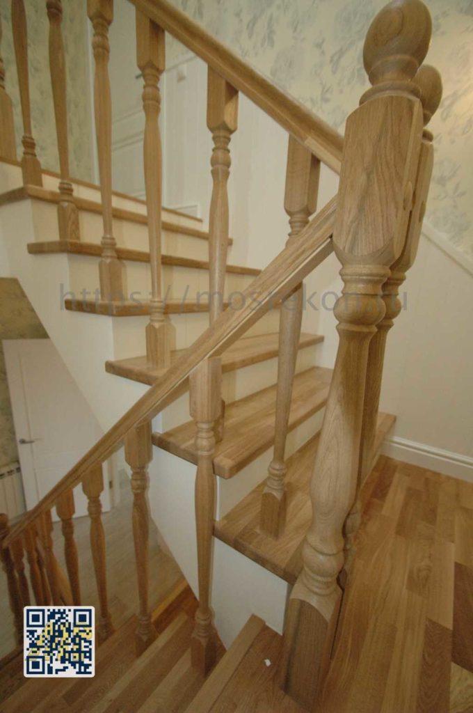 Изготовление лестницы по индивидуальному проекту в таунхаусе