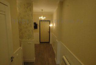 Элитный ремонт коридора в коттедже