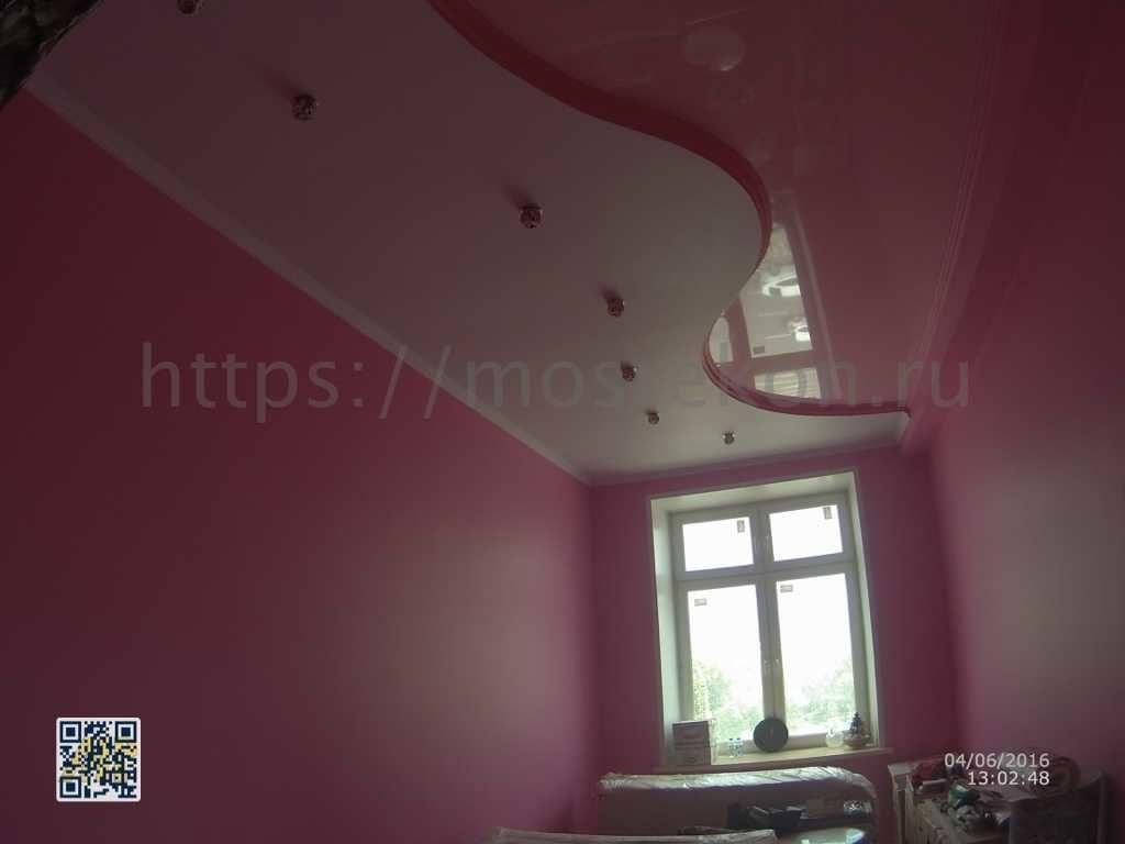 Необычный ремонт в комнате на Серафимович фото