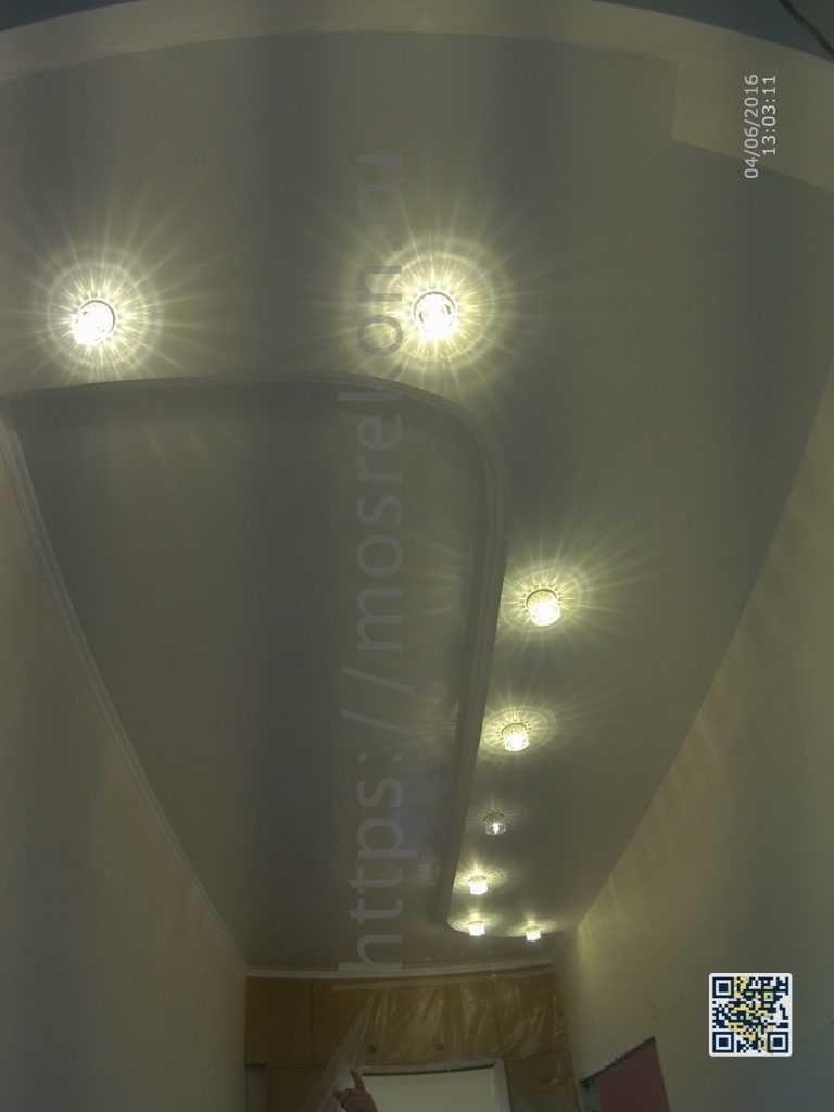 Двух уровневый потолок в Сталинке на Крапотнецкой