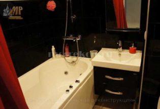 Установка джакузи в ванной комнате в панельном доме