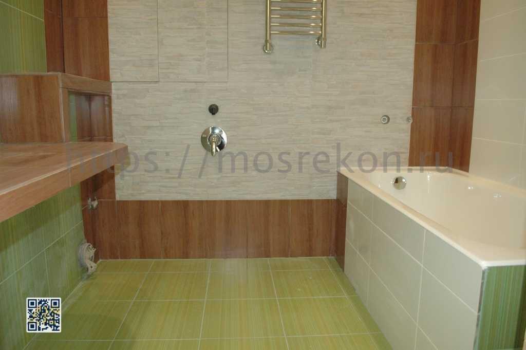 Фото санузла после монтажа чугунной ванны