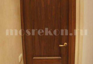 Установка шпонированной двери