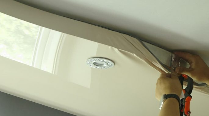Монтаж светильников в натяжной потолок своими руками