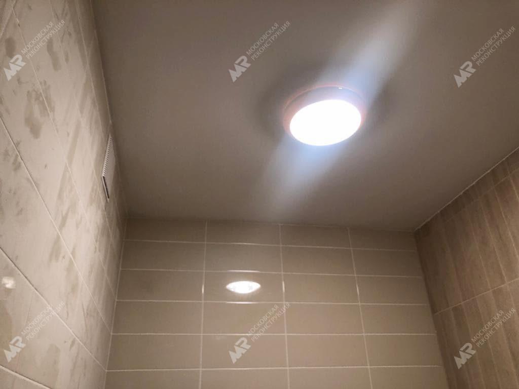 потолок в ванной ЖК Спутник